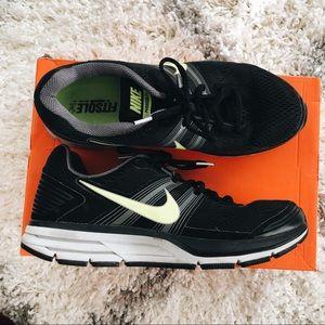 competitive price 6a76b 4fdfb Nike · Nike Pegasus 29 Black Sneaker - Men s Size 9